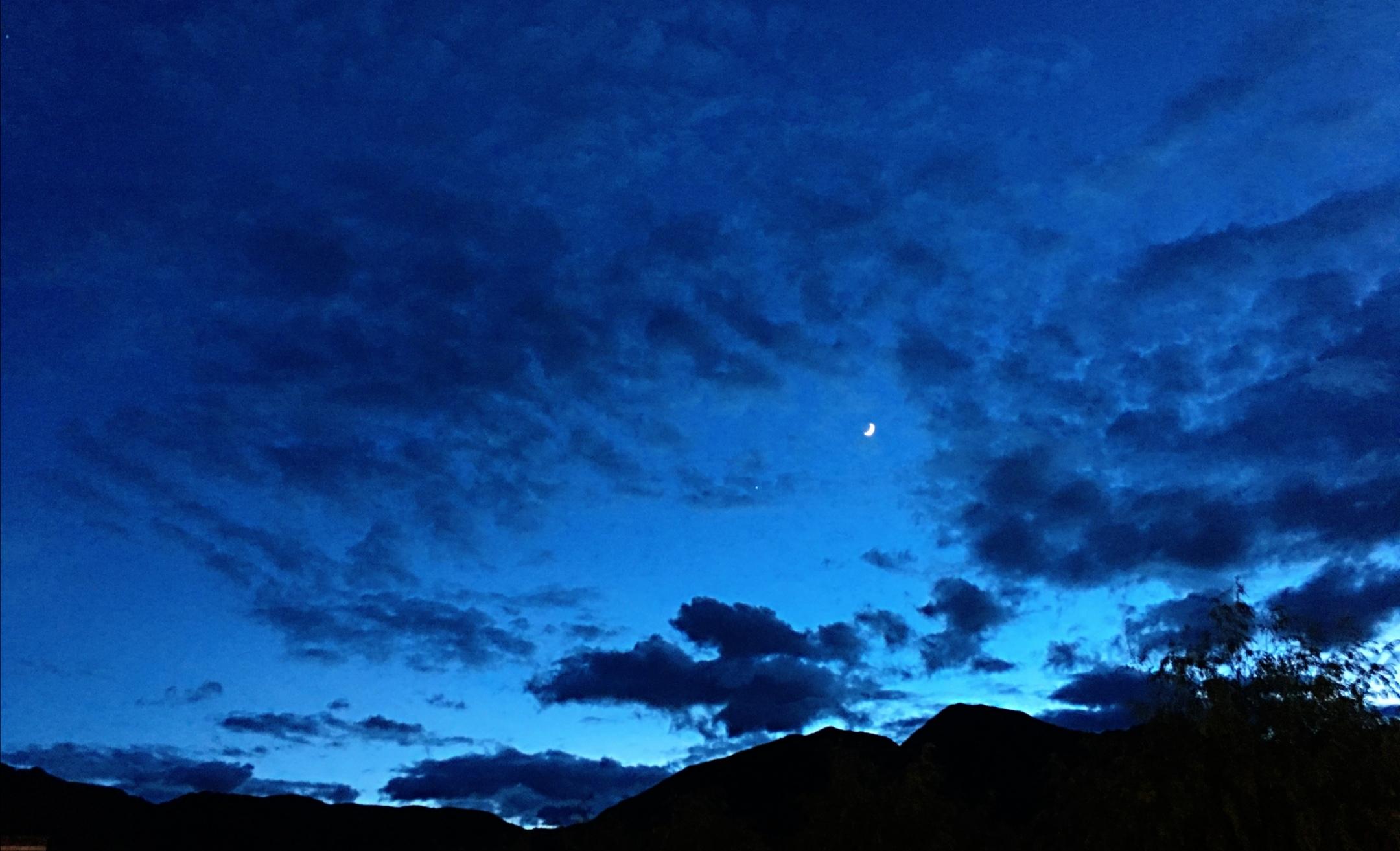 歌曲《乡关万里望月圆》 ——为海南世界乡团联谊会而作
